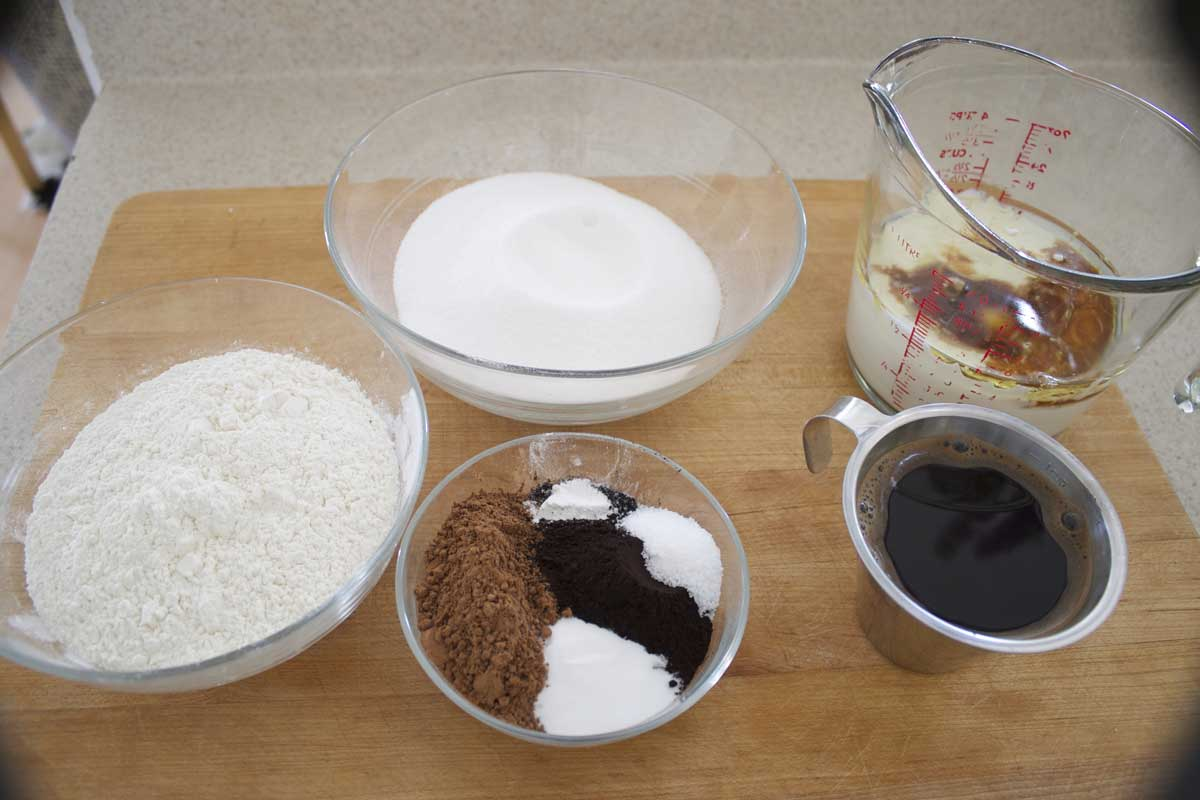 Black Chocolate Cake Ingredients