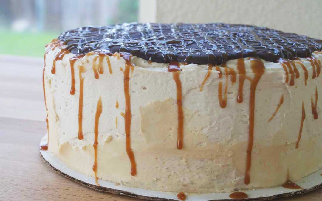 Cheesecake Black Chocolate Salted Caramel Cake Recipe