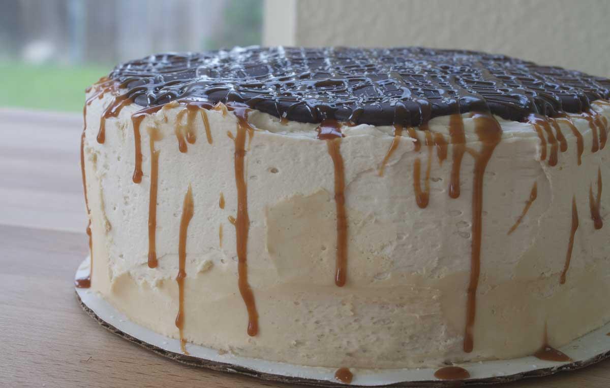 Cheesecake Black Chocolate Salted Caramel Cake